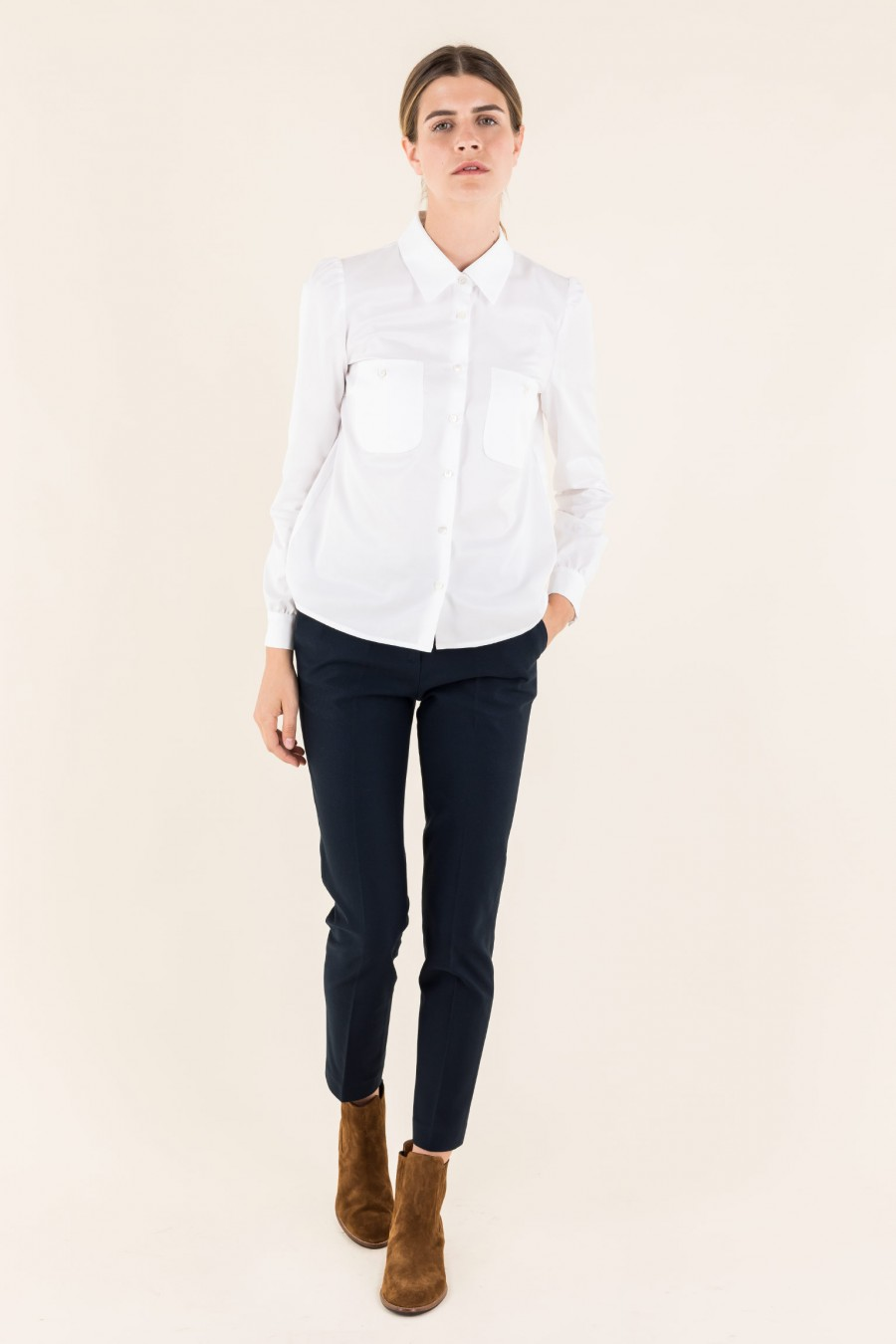 Shirt with little pockets