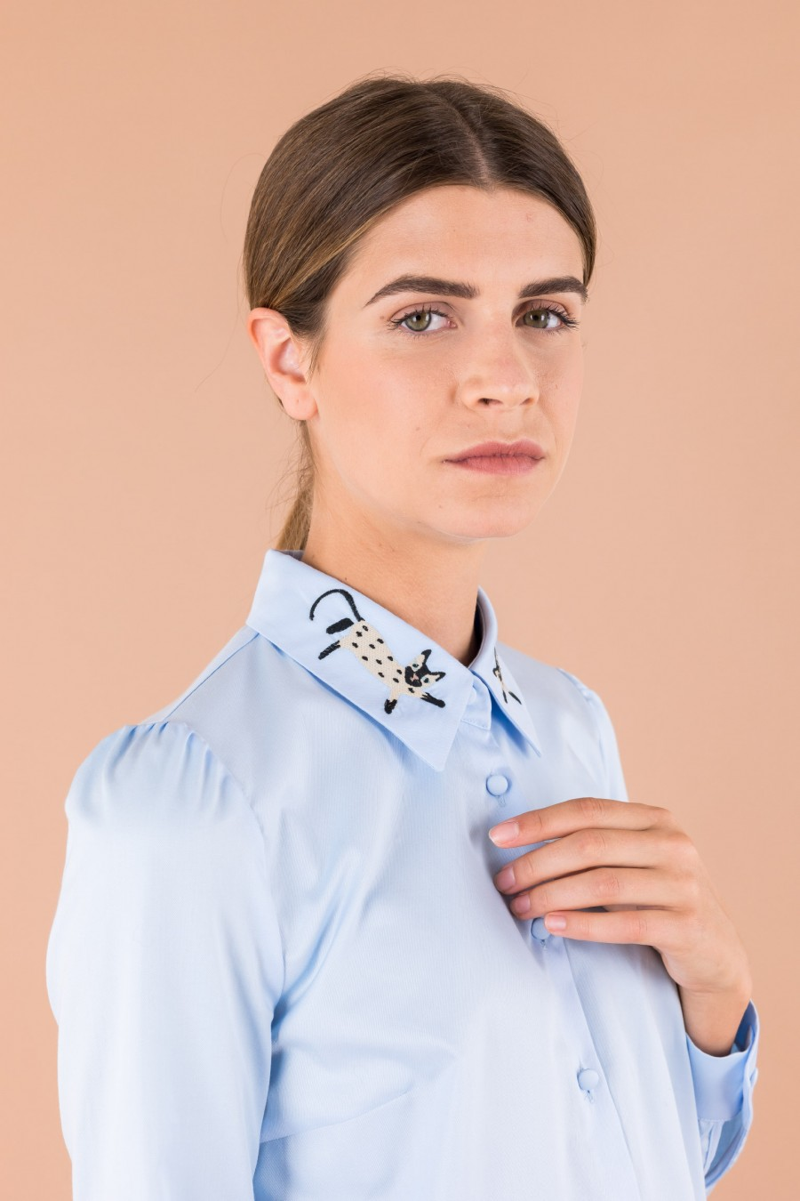 Blue cotton shirt with cat collar
