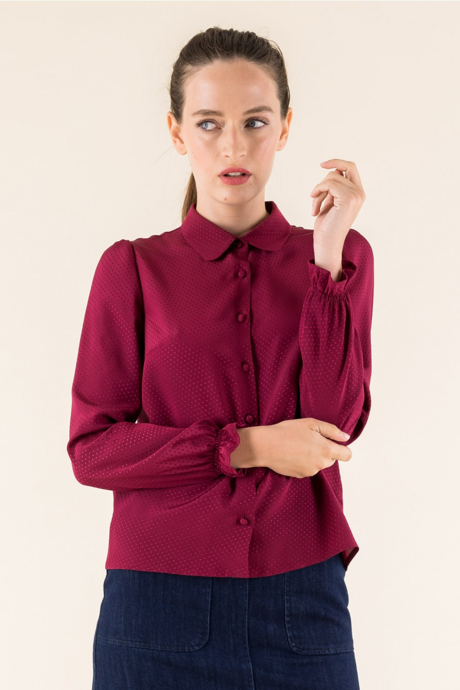 Jacquard red shirt
