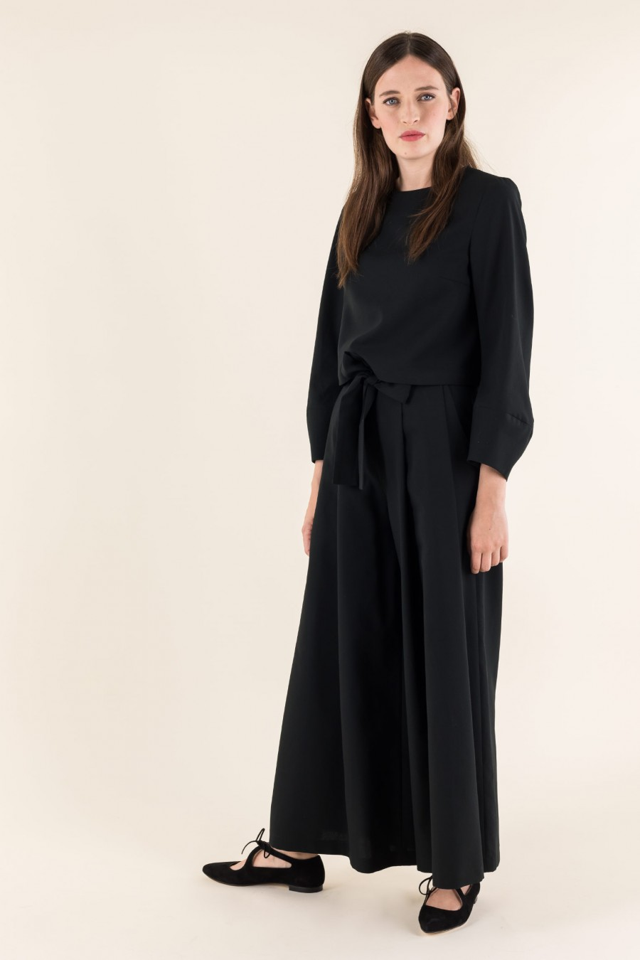 Comfy top with built sleeves