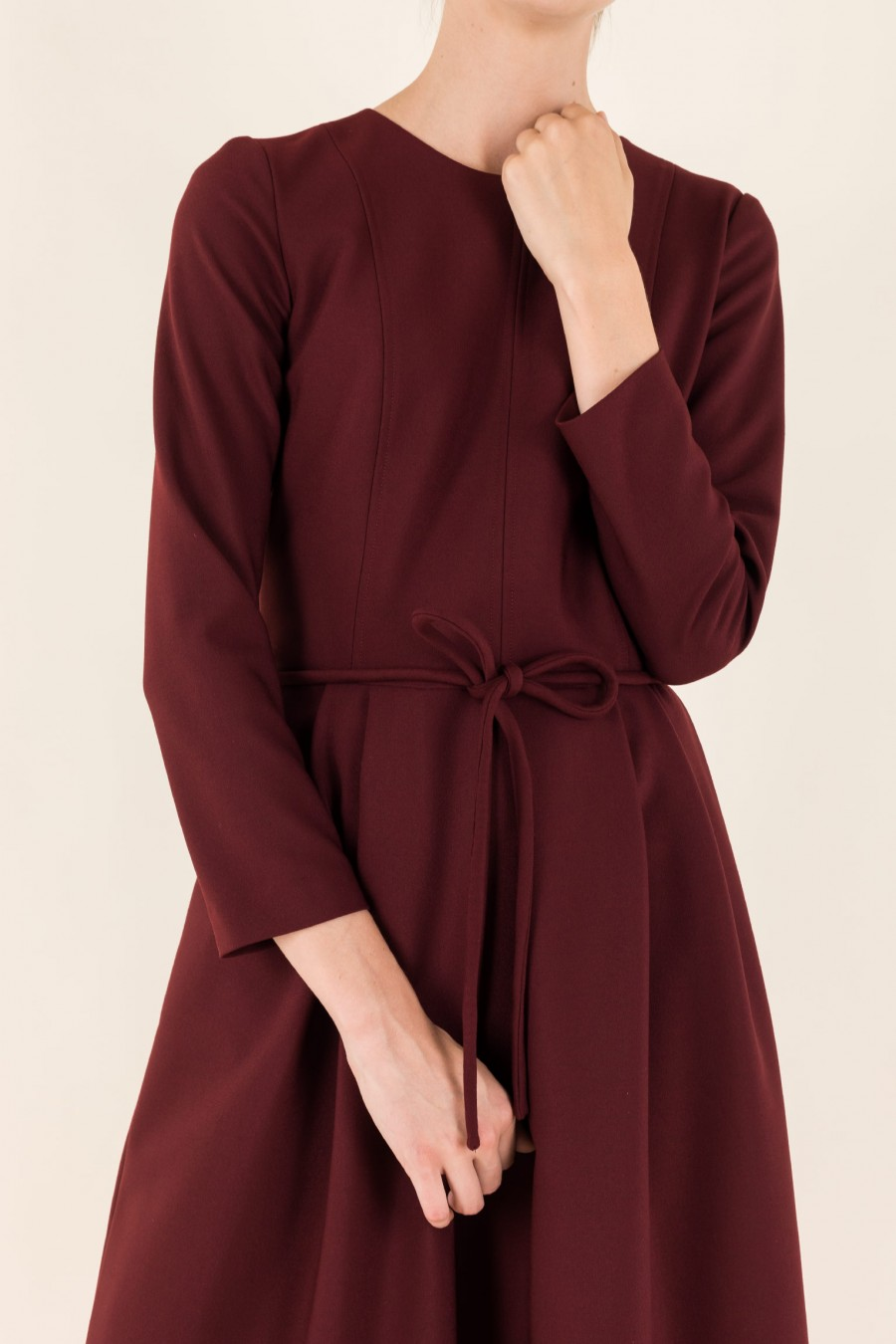 Wool dress with belt and 3/4 sleeves