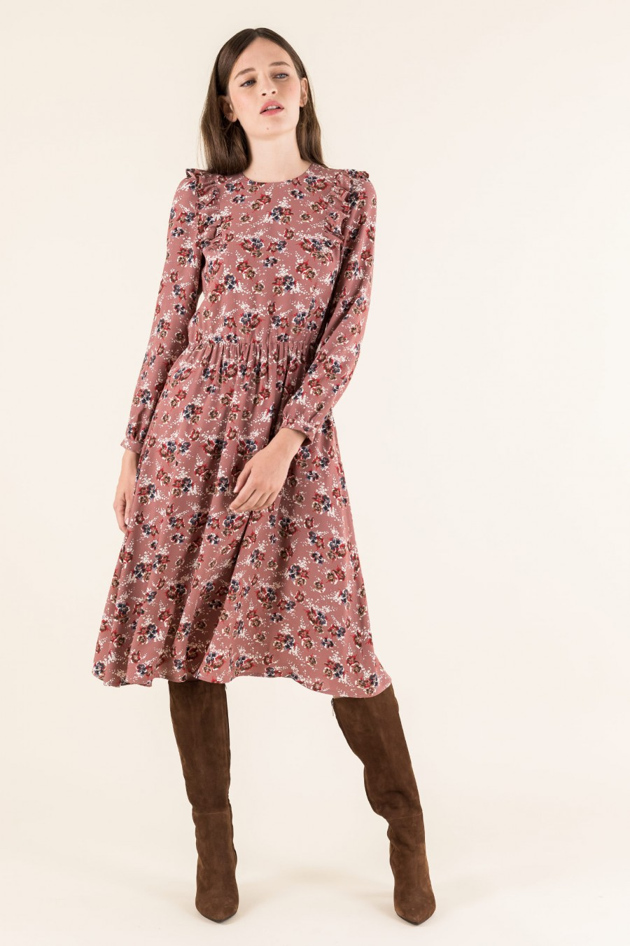 Pink longuette dress with