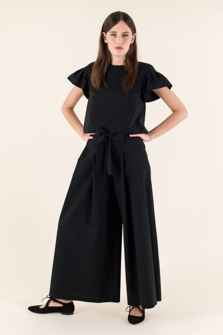 Elegant culottes with bow