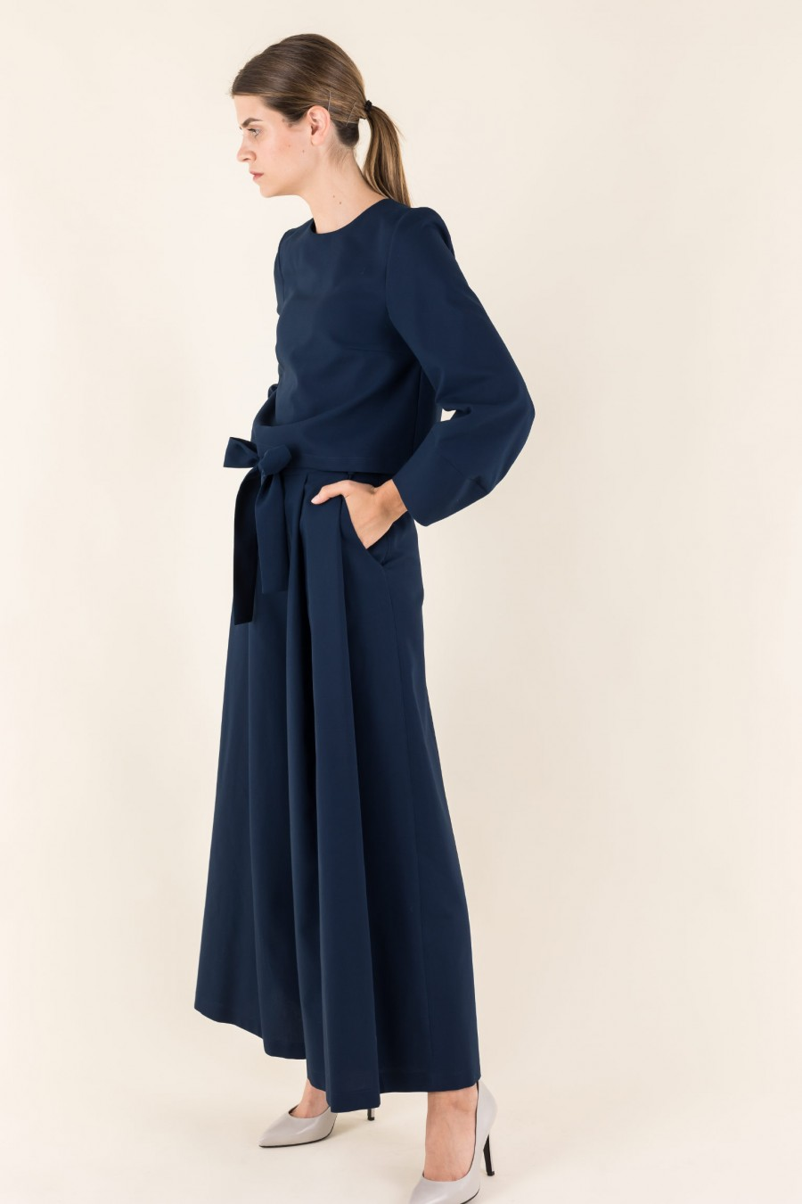 Blue wide trousers with belt and bow