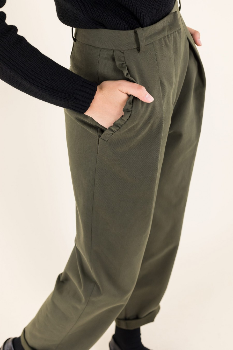 Cotton military green trousers