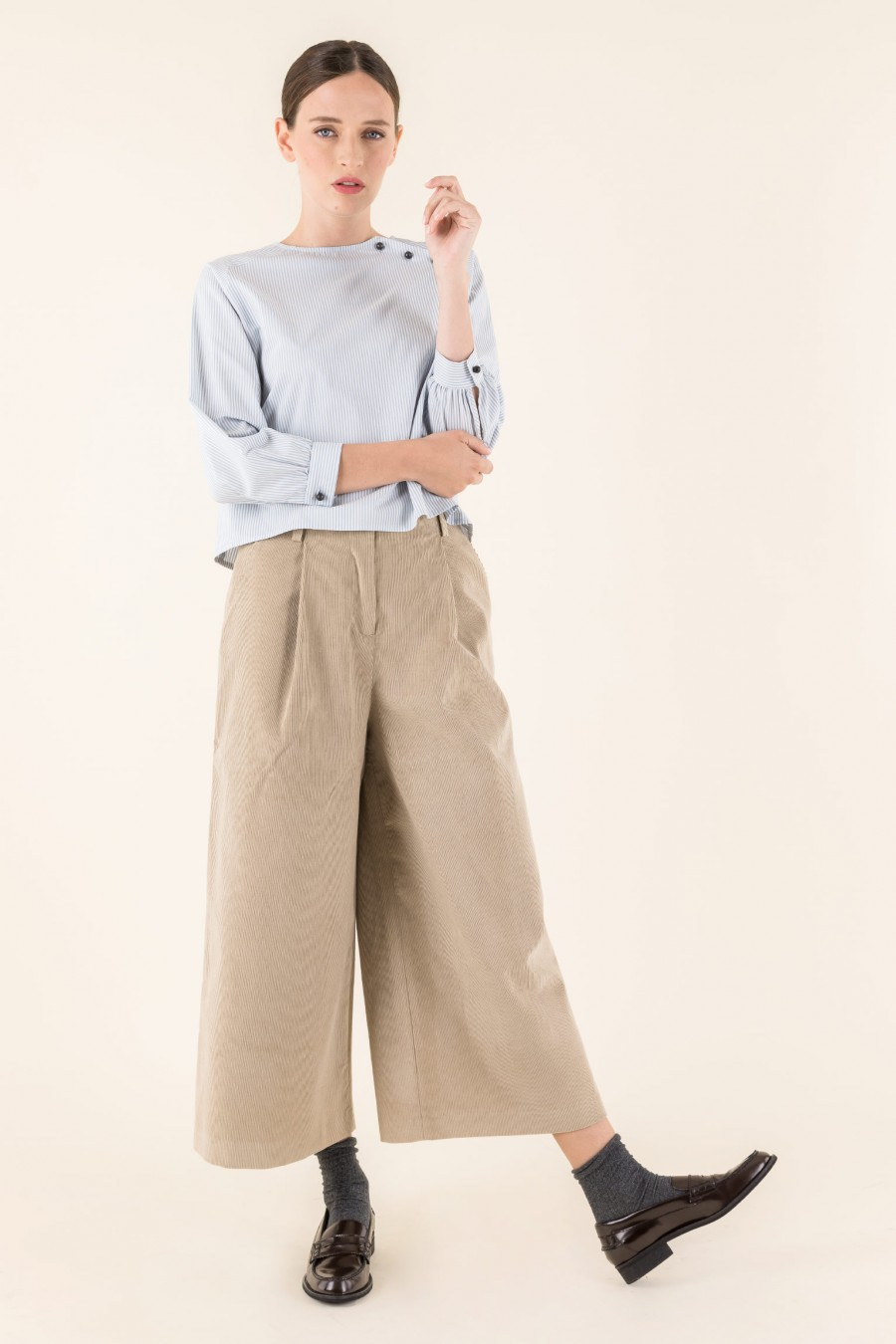 Cord culottes with pleat