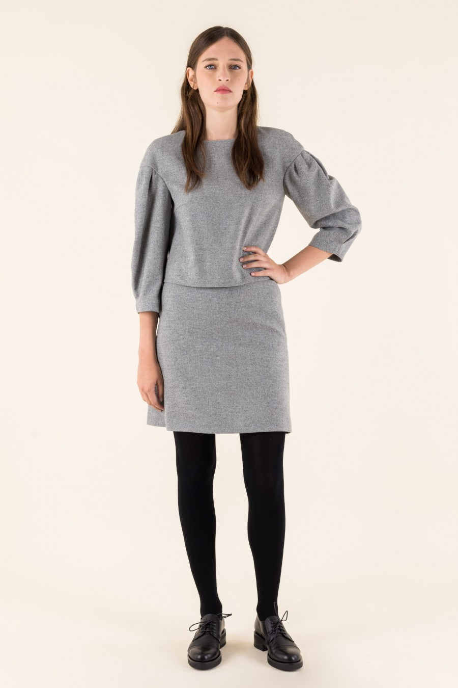 Grey cashmere skirt