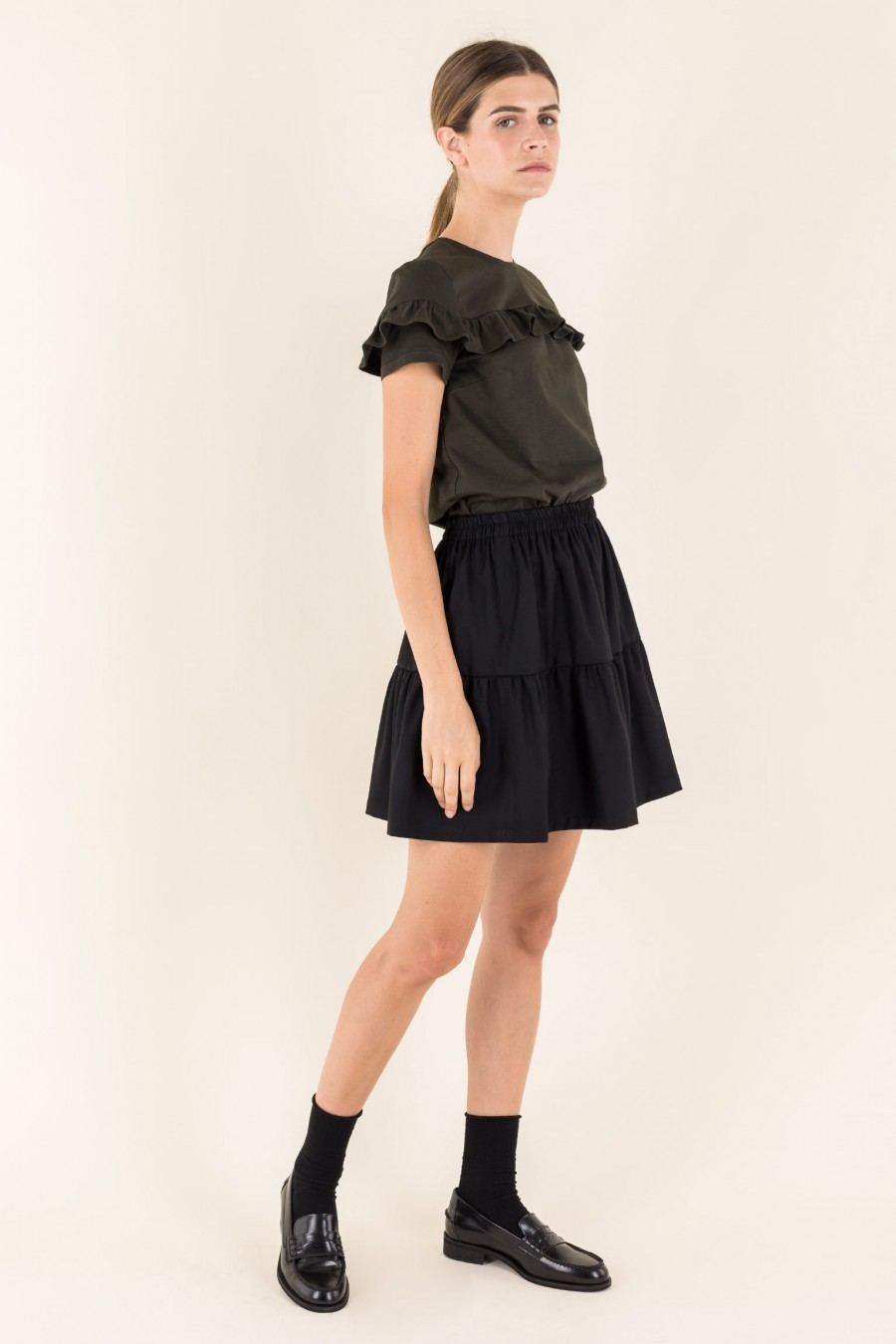 Black gathered skirt with frill