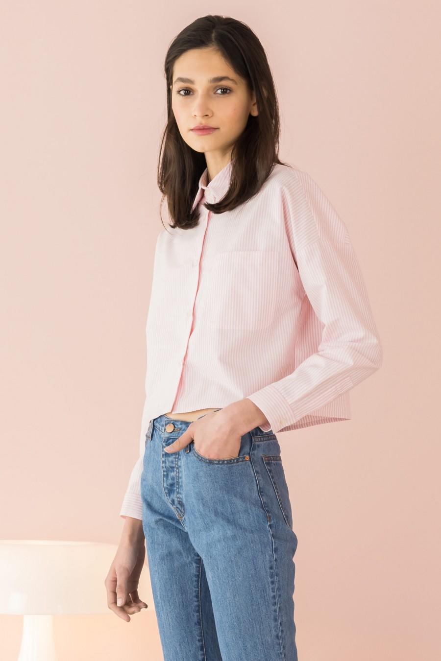 pink cropped shirt in oxford
