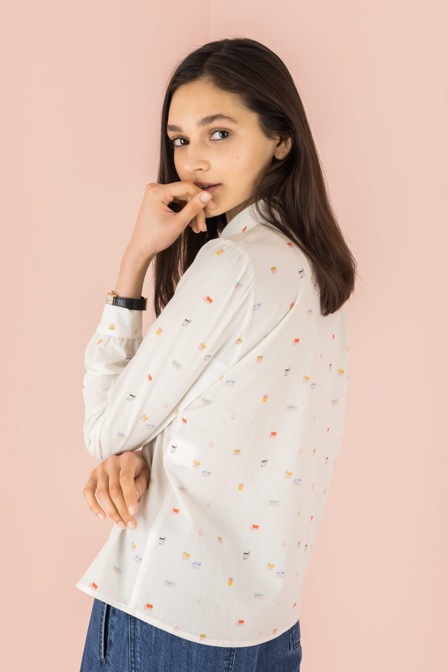 shirt with patterned