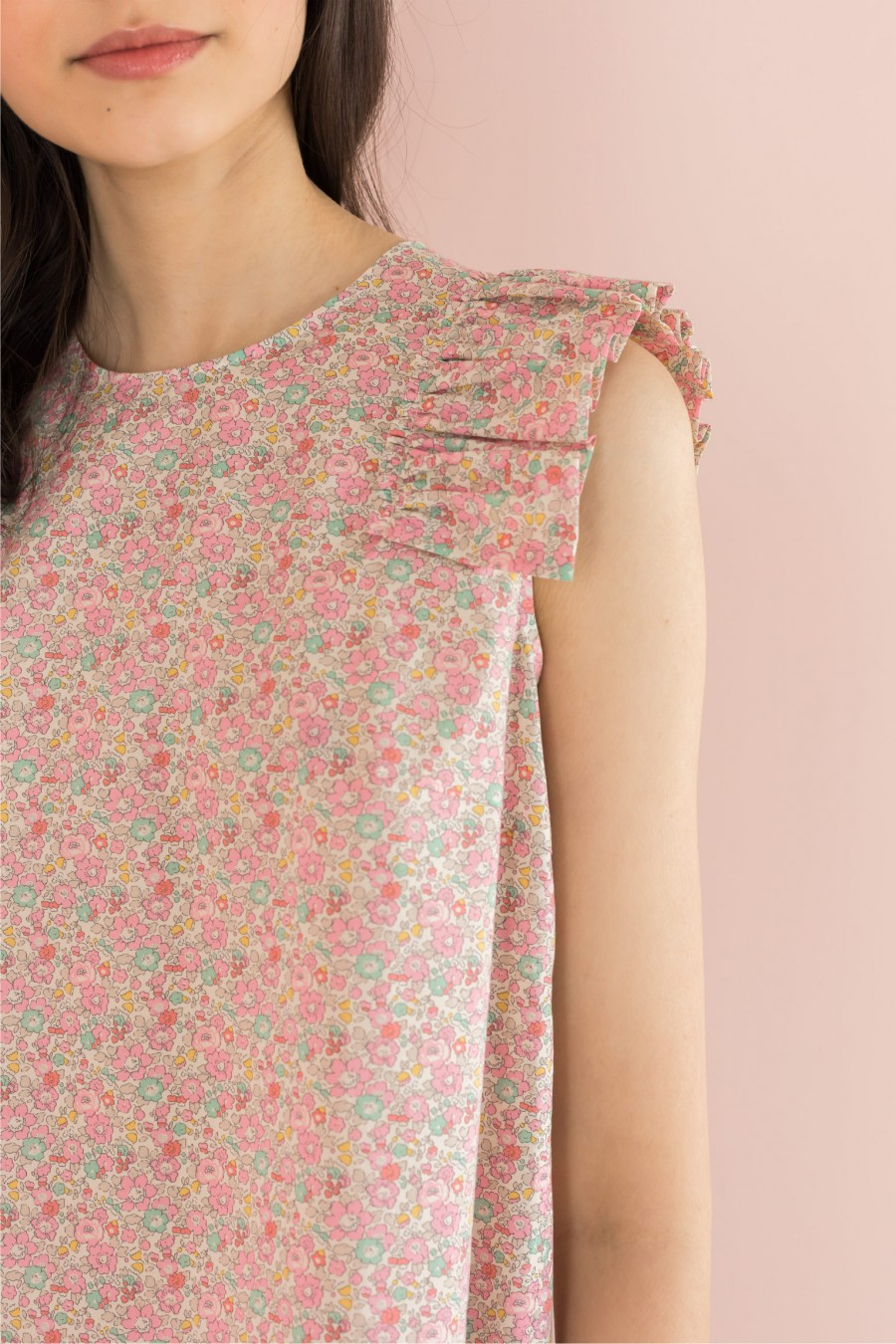 pink top with cap sleeves