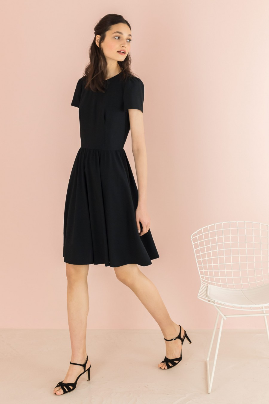 dress with gathered skirt and short sleeves