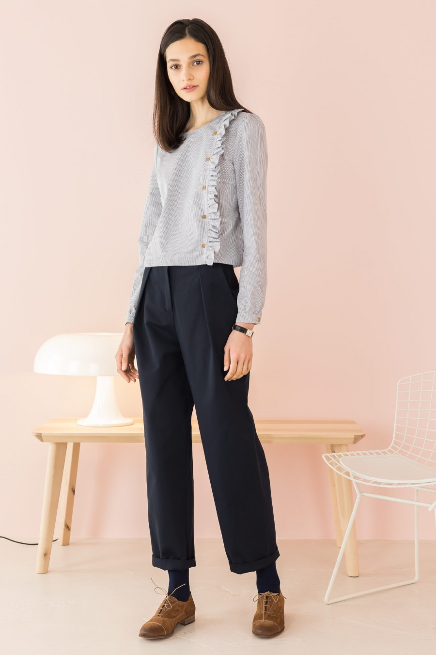 blue trousers in light fabric