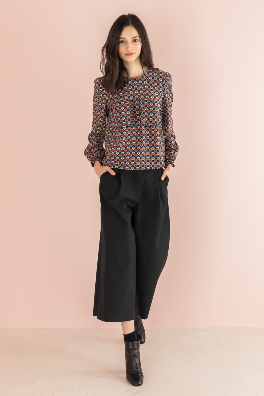 trousers in black cotton