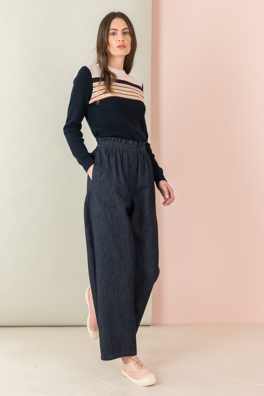 trousers in stretch denim