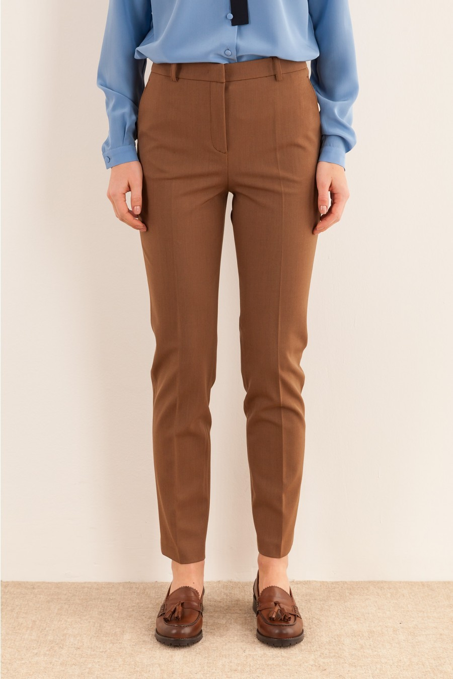 Drainpipe trousers biscuit