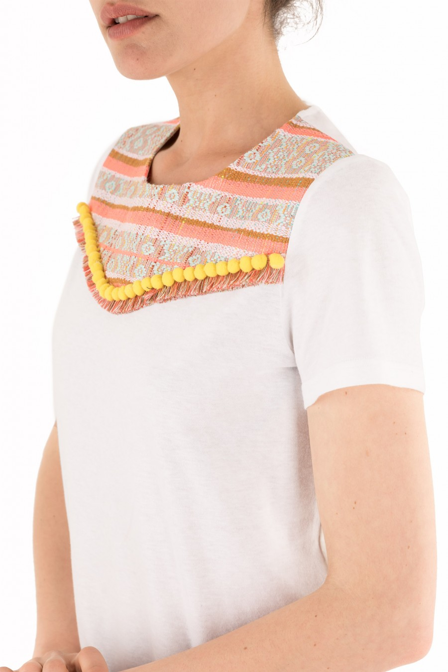 T-shirt with orange print yoke