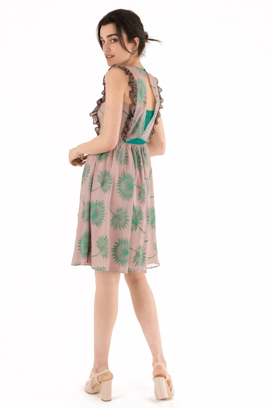 Dress with embroidered leaves