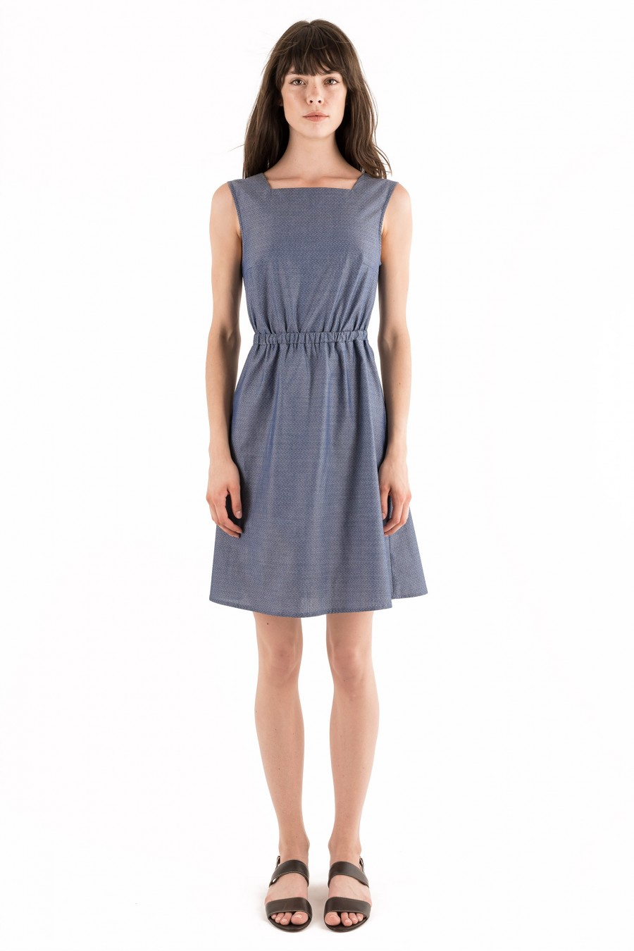 Cotton dress with bow and buttons on the back