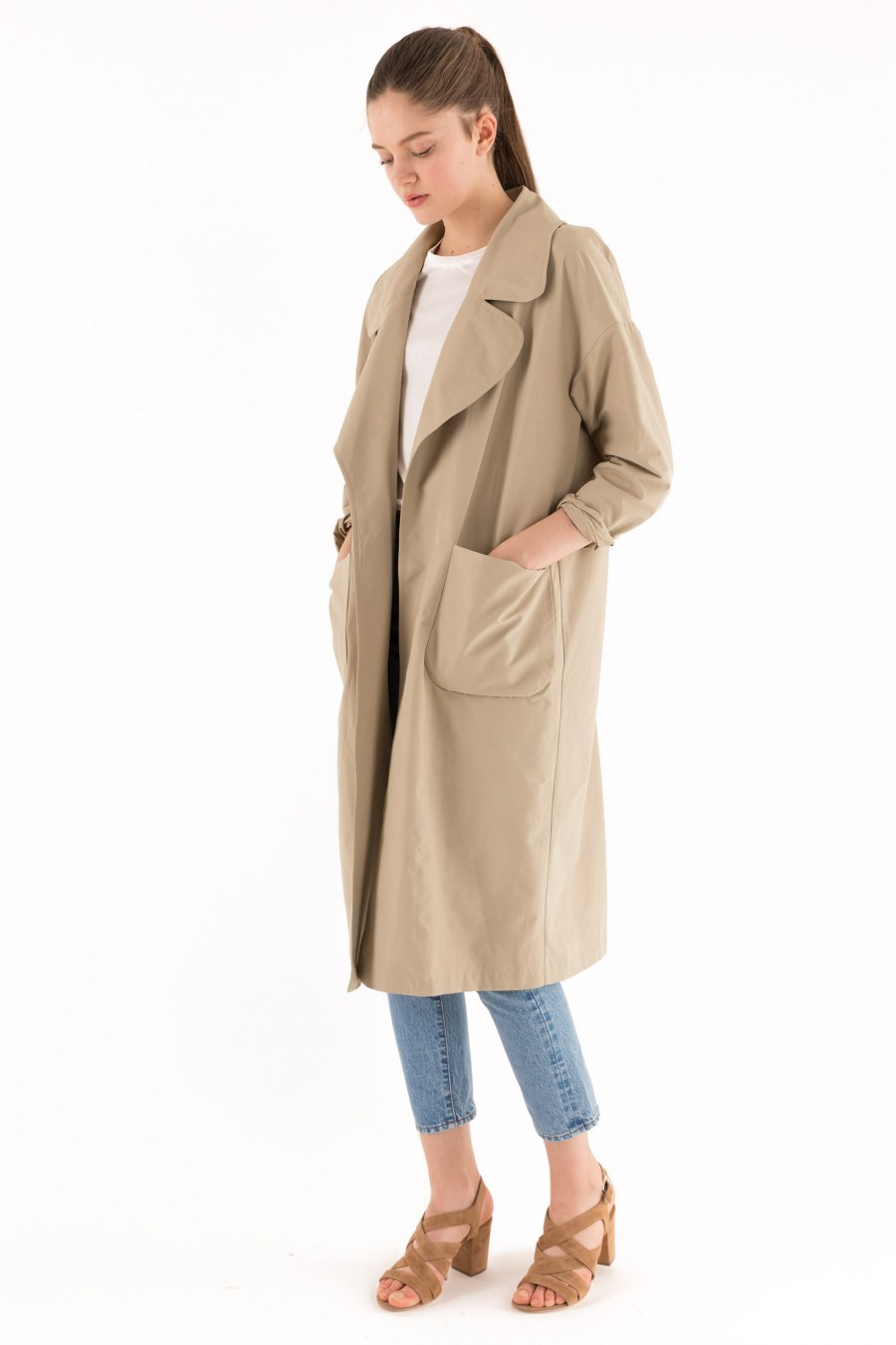 Trench over beige tessuto tecnico