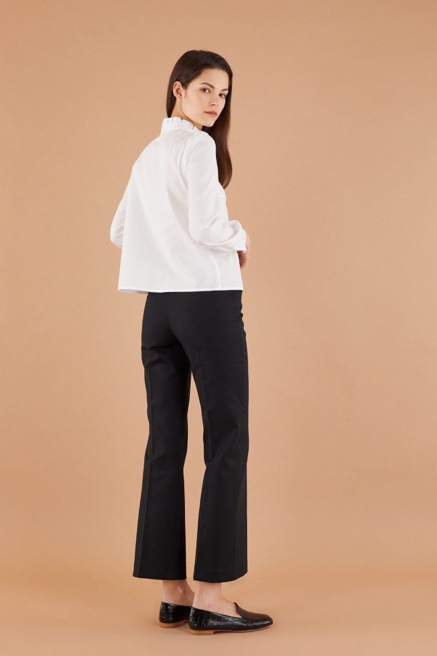 comfortable and versatile cotton trumpet trousers