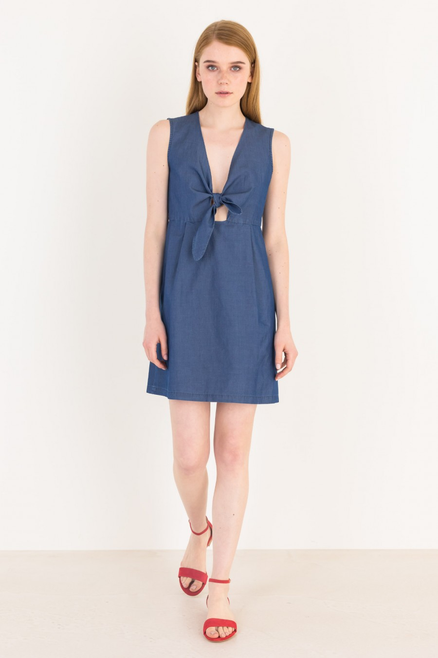 Cotton dress with knot