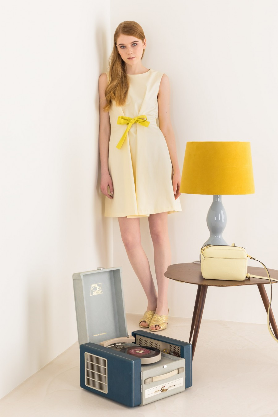 Dress with ribbon belt
