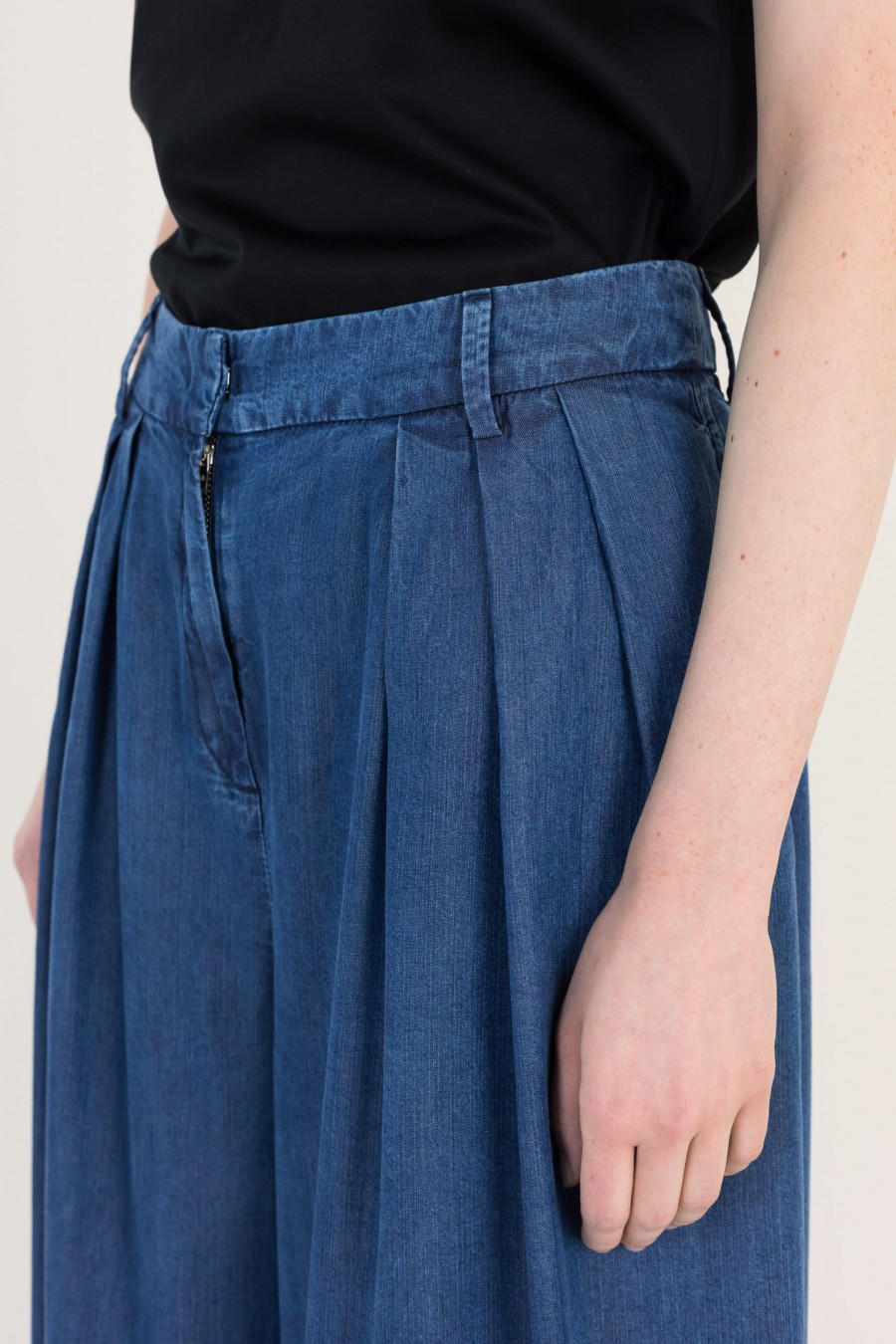 Summer wide trousers