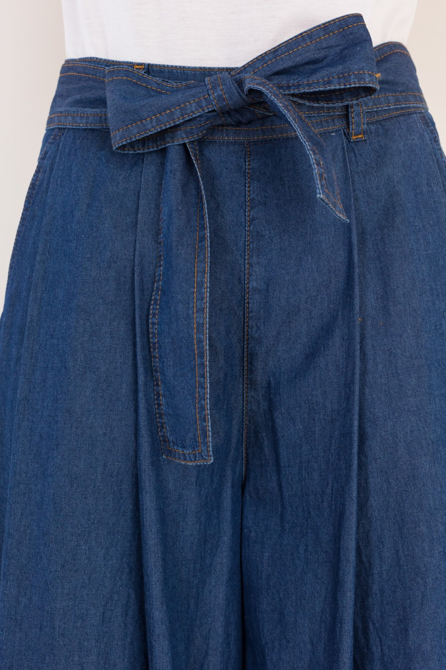 Denim culotte with ribbon