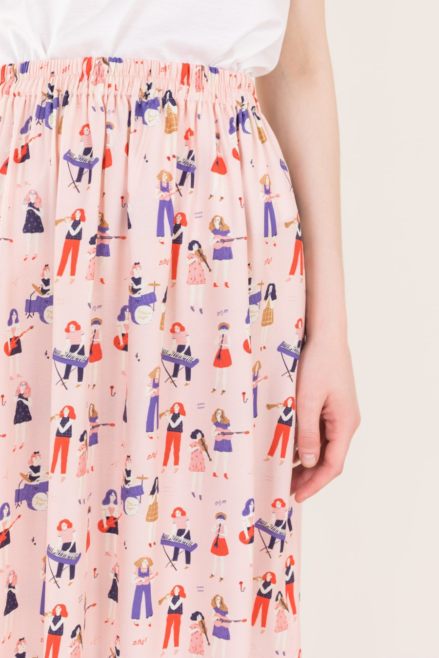 Pink skirt with illustration