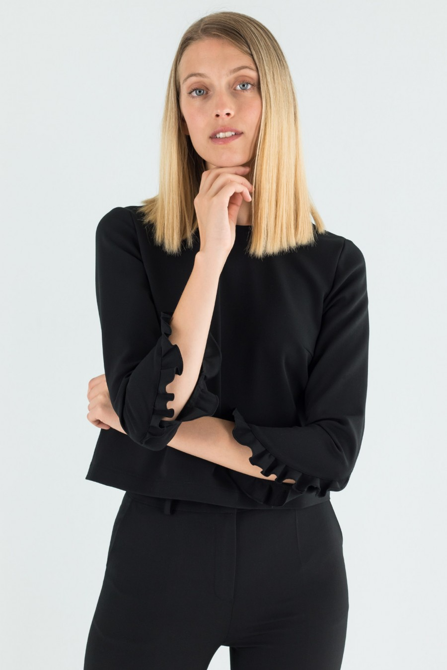 Top with ruches on the sleeves