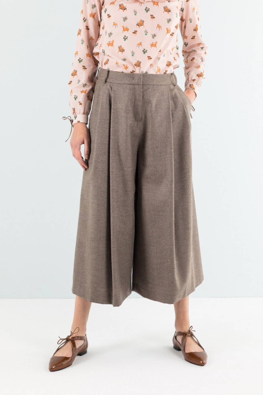 Brown sparkly culottes