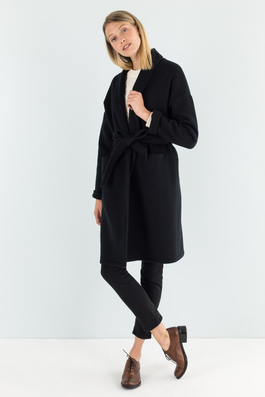 Black cashmere over-sized coat