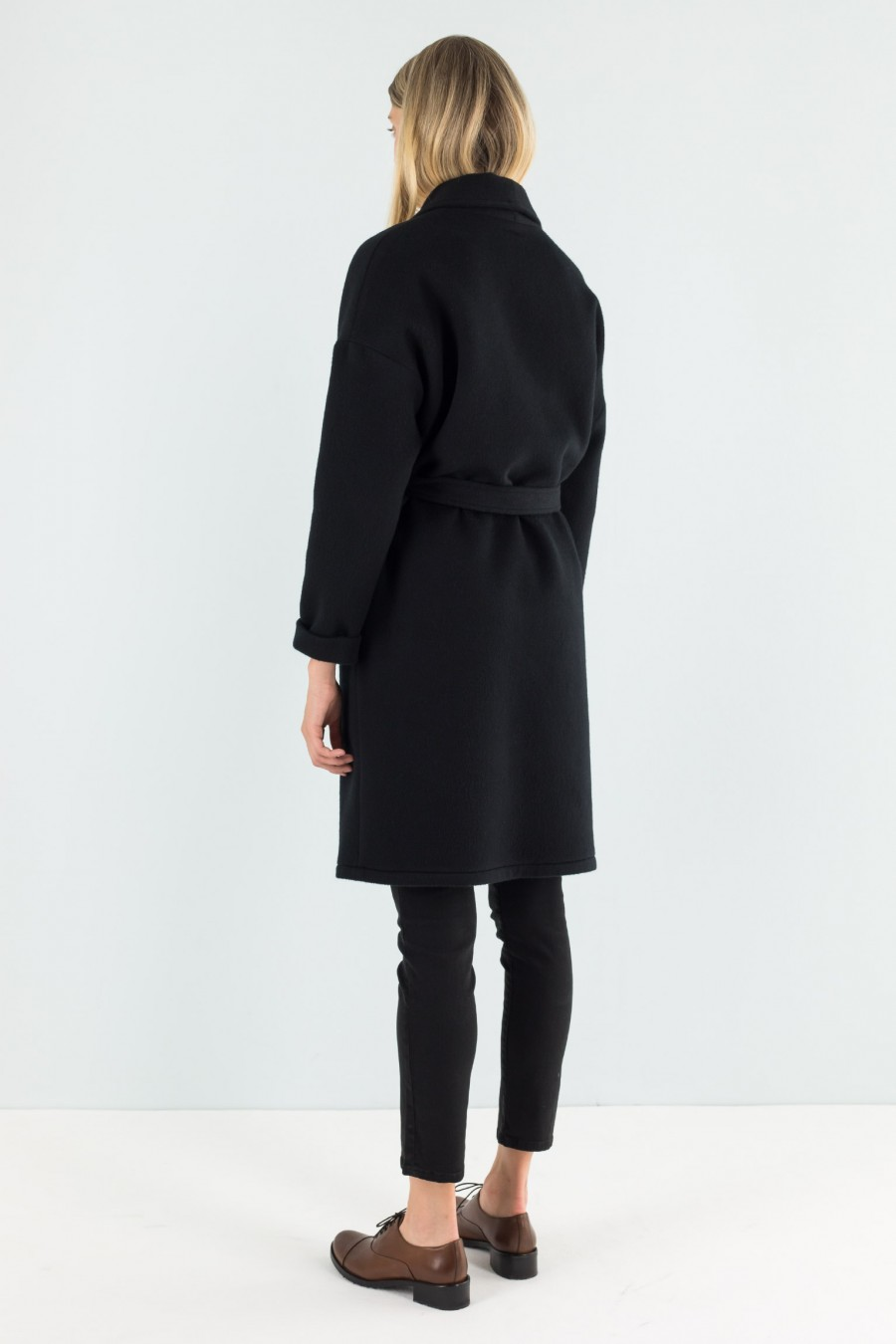 Black cashmere coat with belt