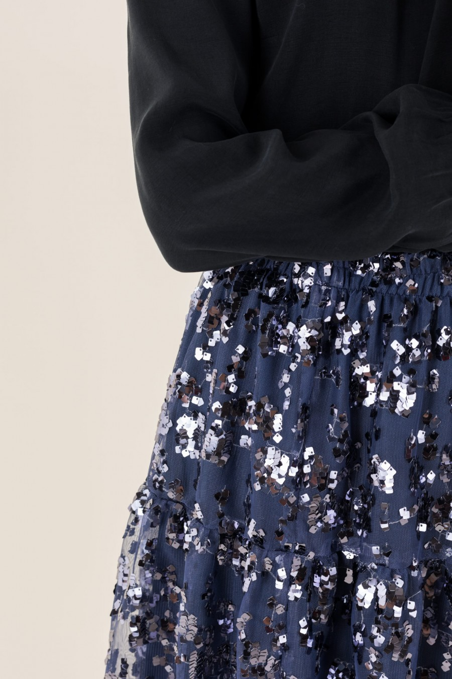Tulle skirt with shiny blue sequins