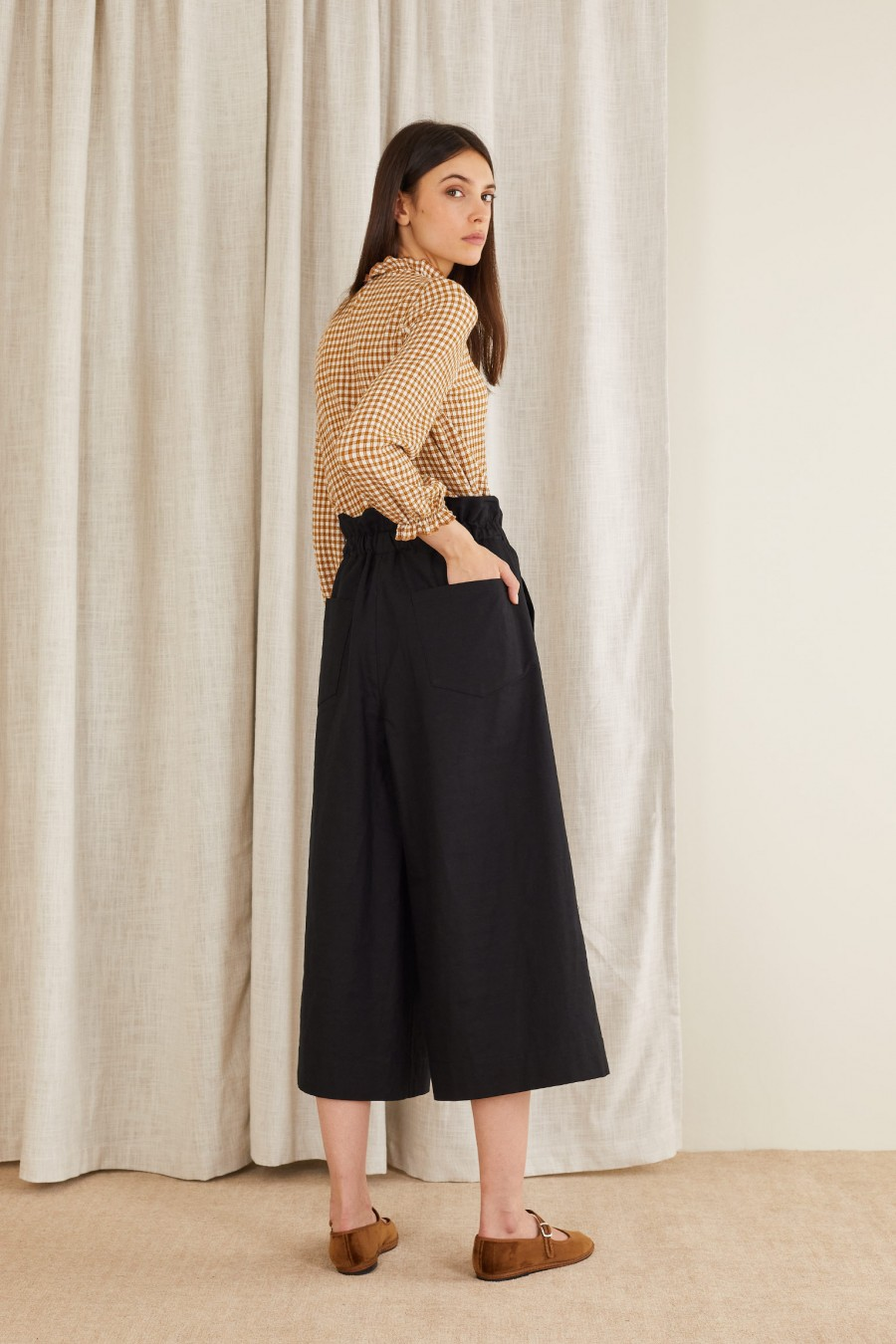 casual and comfortable paper bag trousers