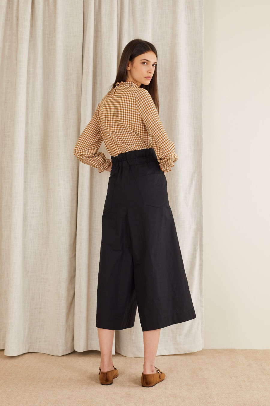 high waist trouser in cotton and linen