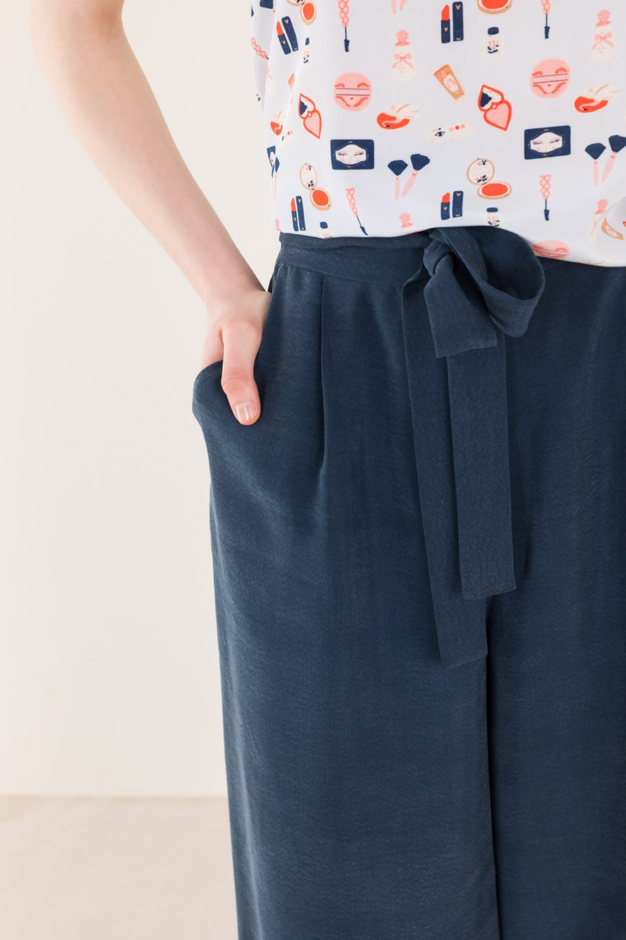Summer flowing trousers