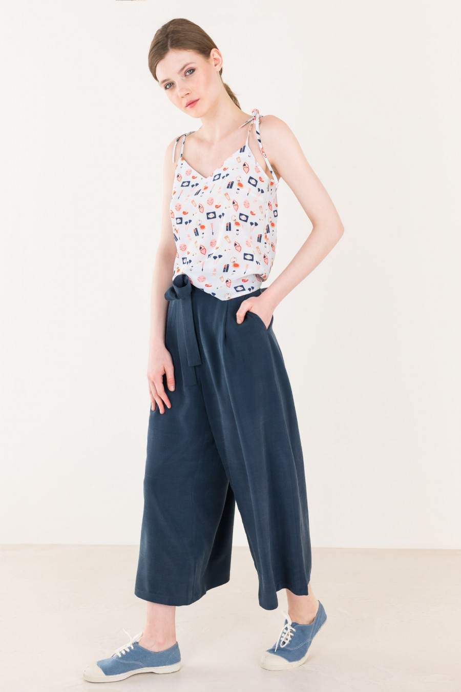 Flowing culotte with ribbon