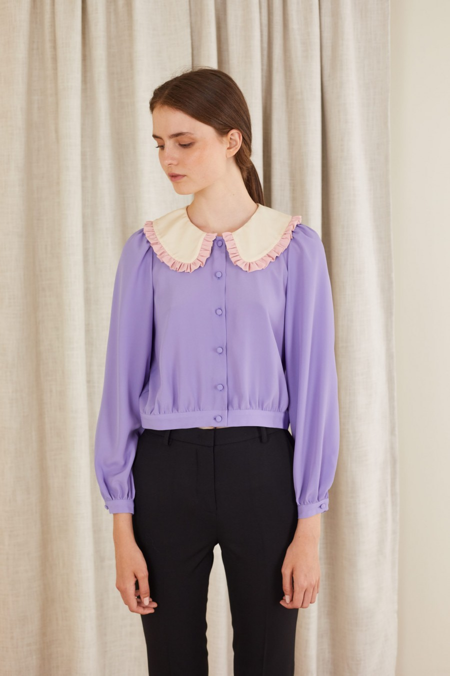 lilac shirt with bicolor collar