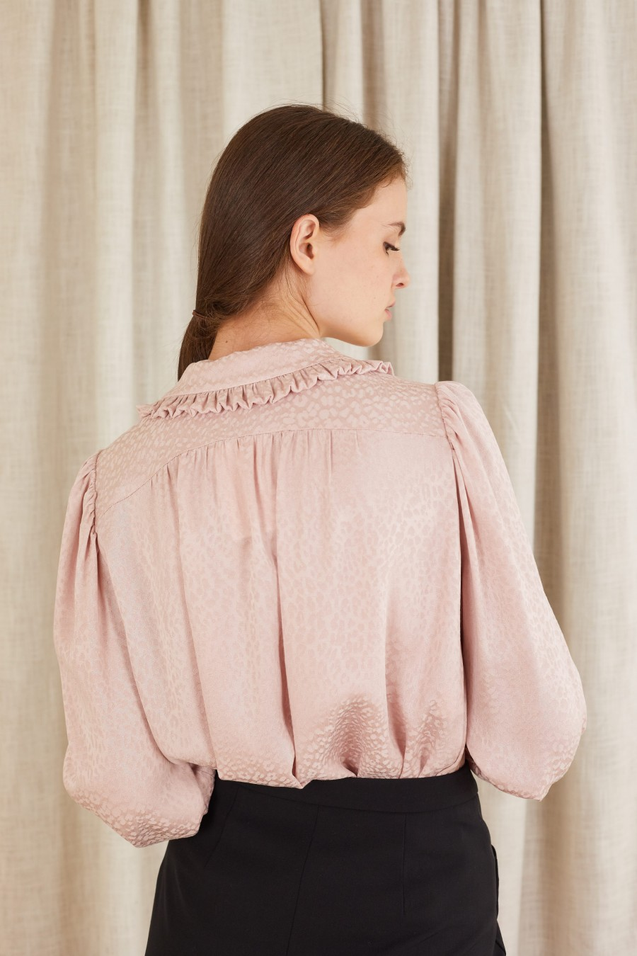 jacquard shirt with wide sleeves