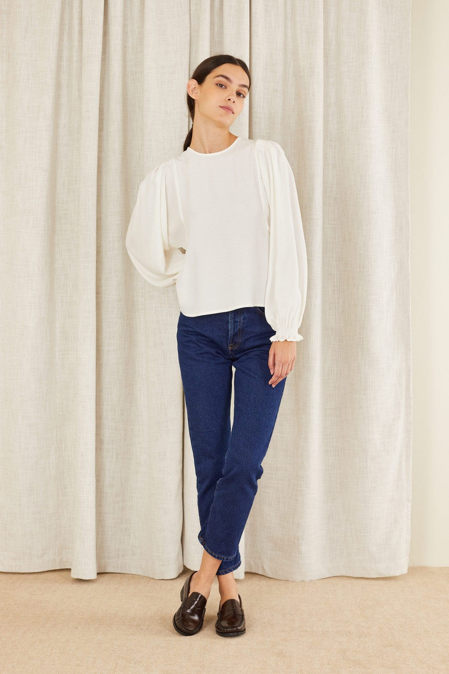 Wide sleeves top with gathered cuffs