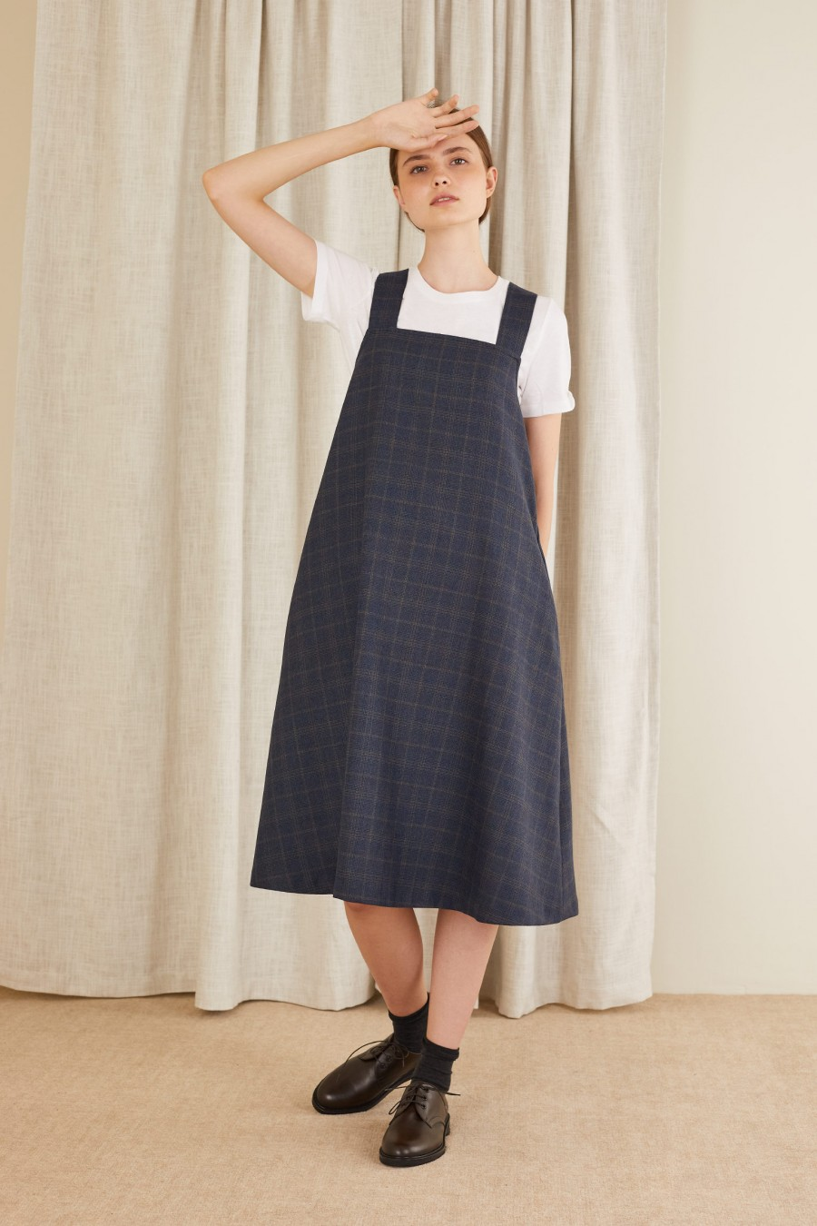 Tie back pinafore dress