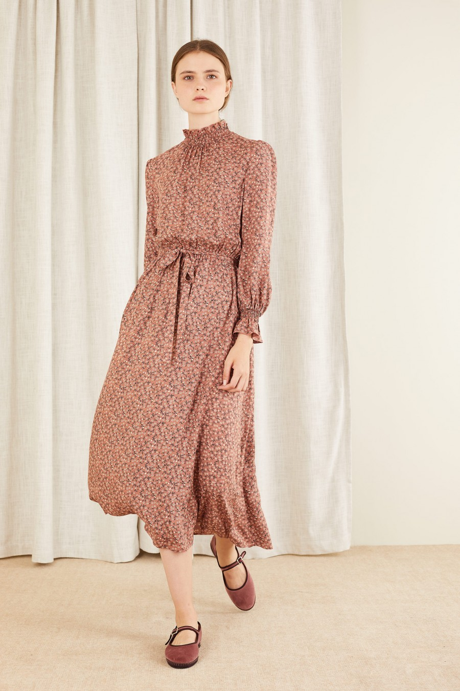 floral dress with gathered collar