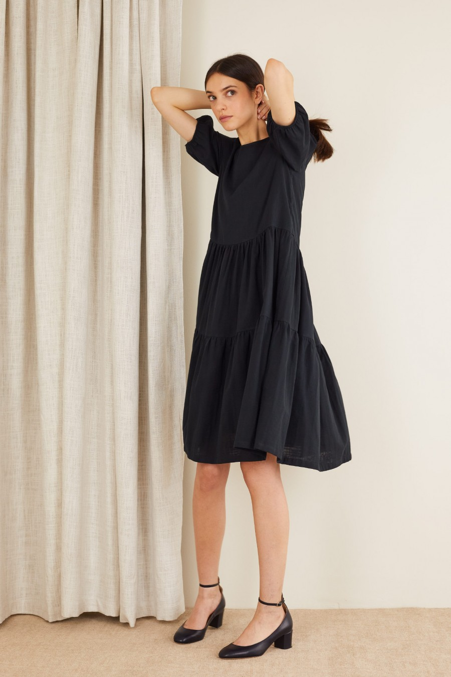Short-sleeved tiered dress