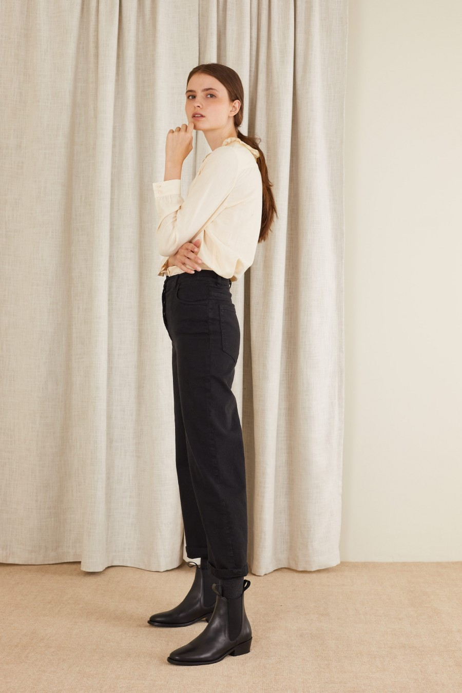 casual trousers in gabardine