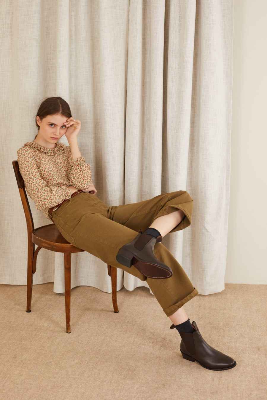 cool style with gabardine trousers