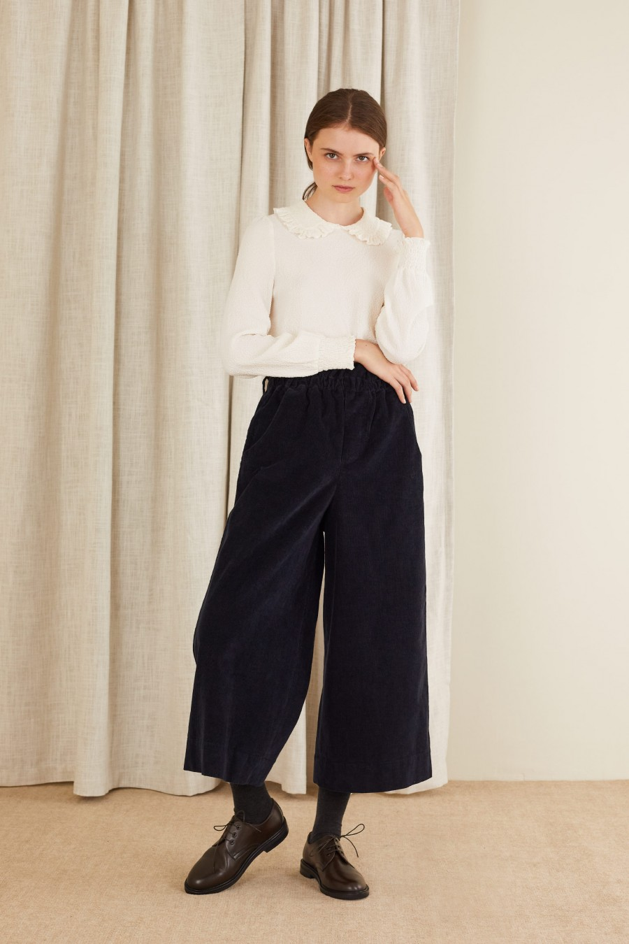 Corduroy paper bag trousers