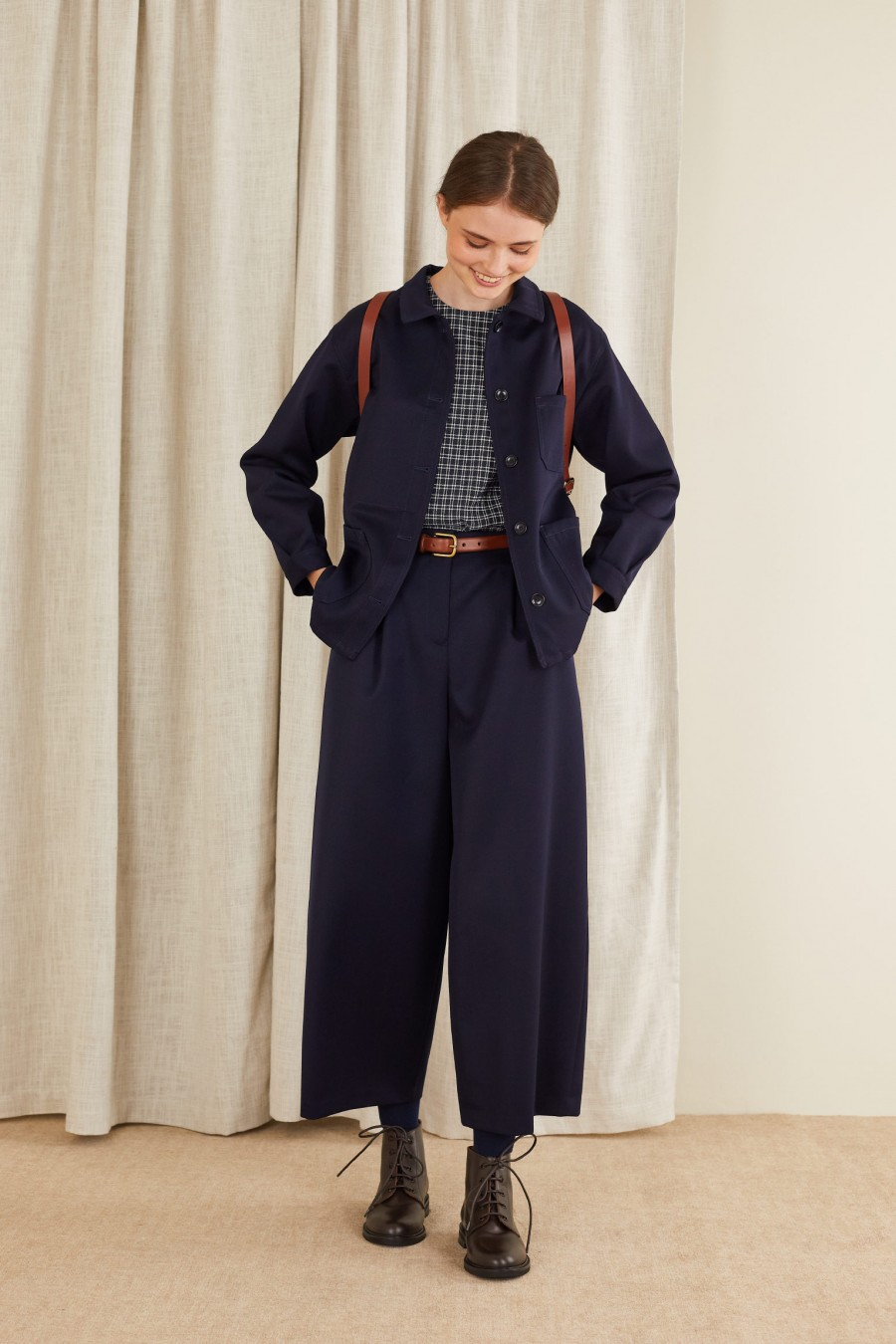 youthful look with egg-shaped trousers