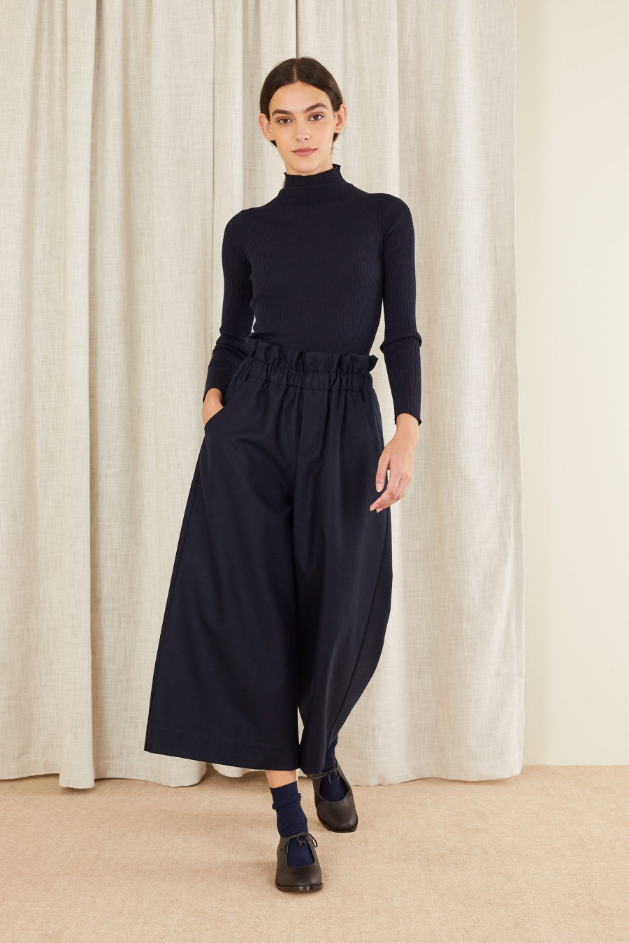 wide trousers with elastic waistband